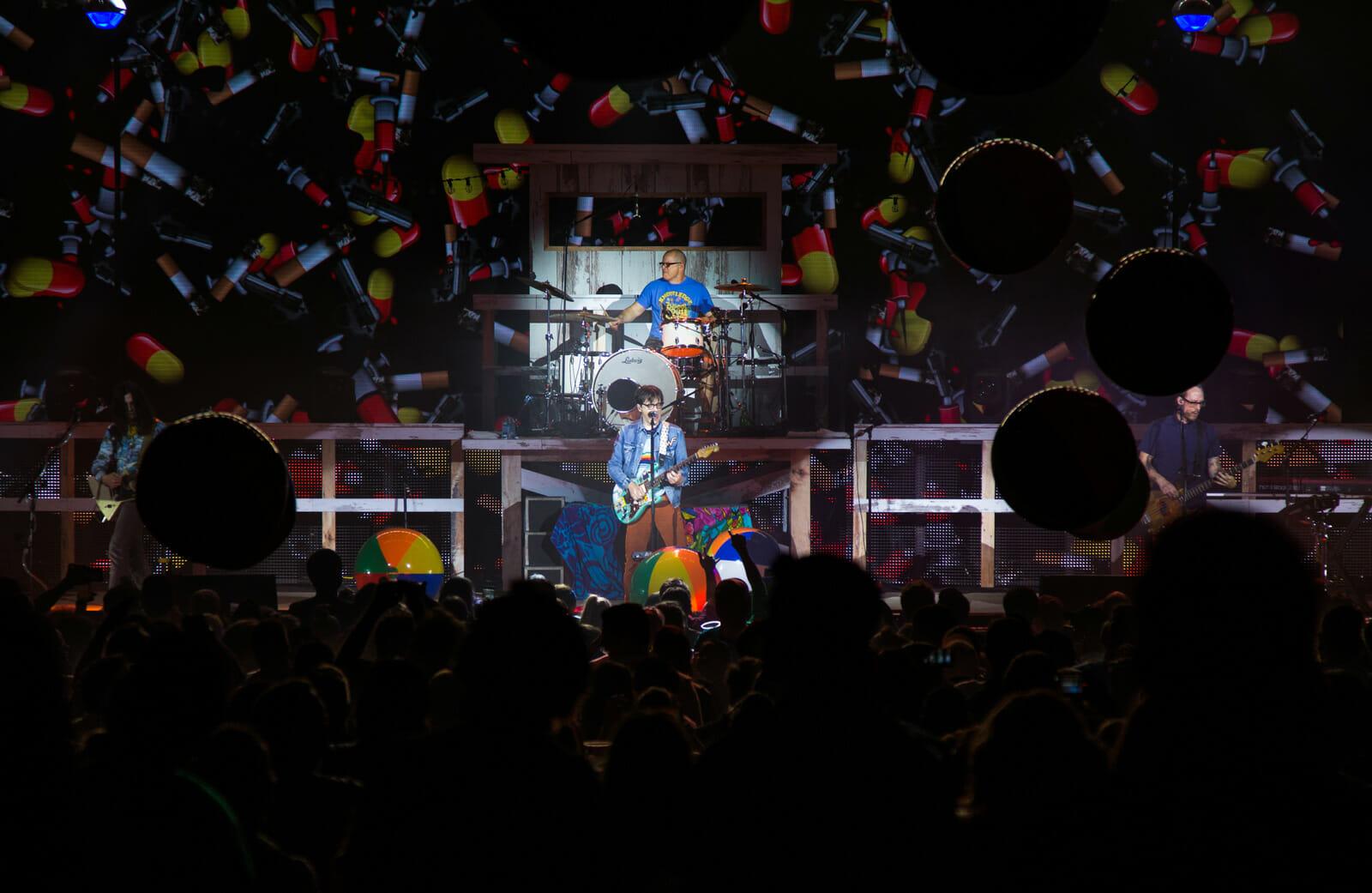 Weezer - Tour Visuals